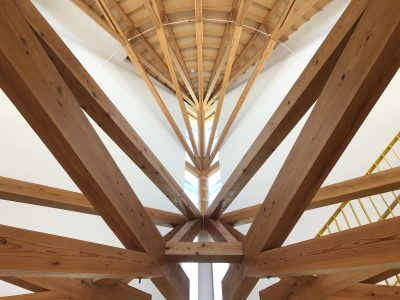 木造校舎のドローン撮影